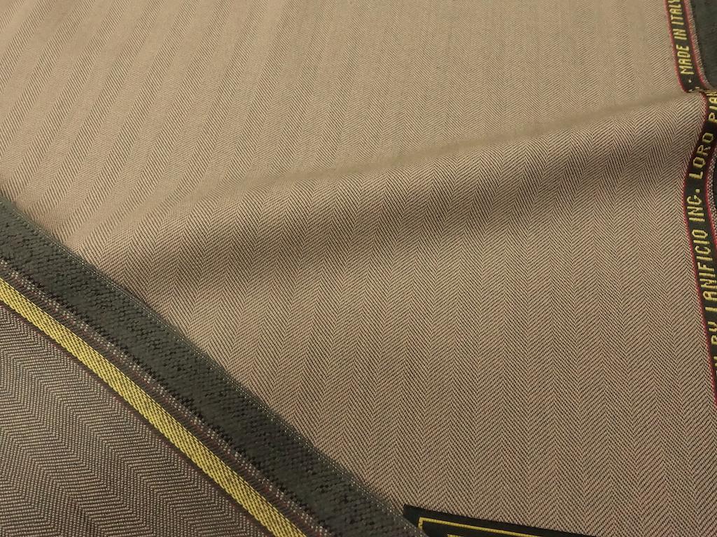 ロロピアーナのソラーロでスプリングコートを(2020/8/16)